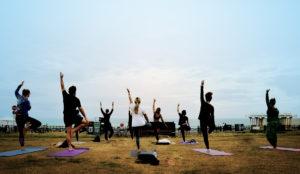 outdoor yoga in brighton hove lawns