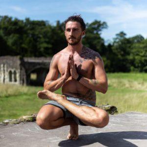 Max Walsh Yoga