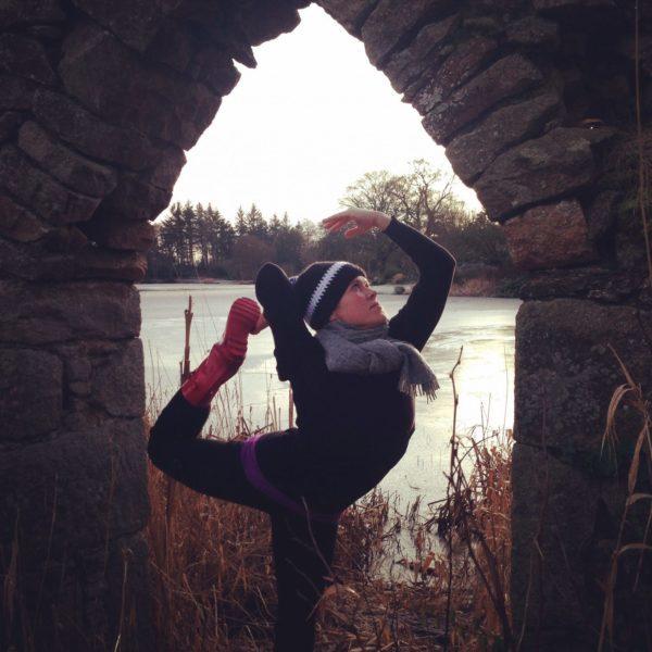 Jill Does Yoga