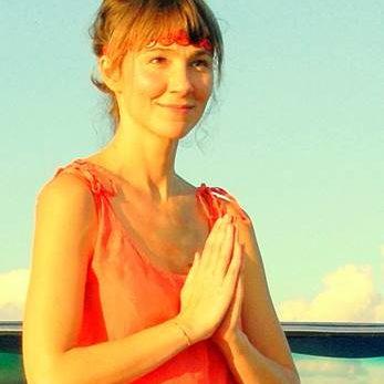 Lola Lhamo Yoga