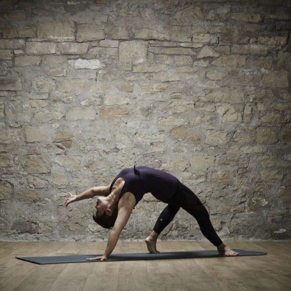 FlowMotion-Yoga7707-1