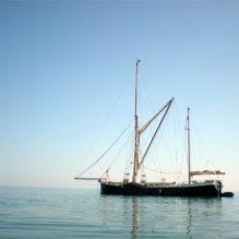 snark sailing retreat south devon uk