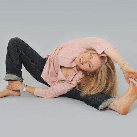 yoga-clicks536x463
